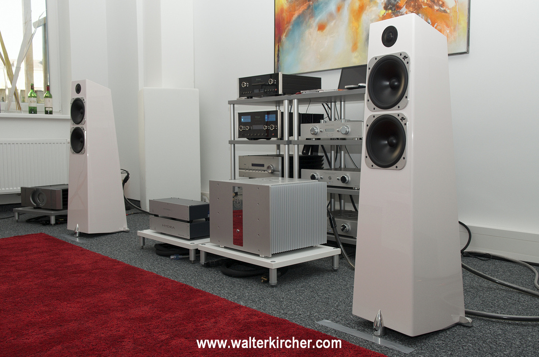 Sambs Hifi Linz with Totem Acoustic Elements Metal Accustic Arts