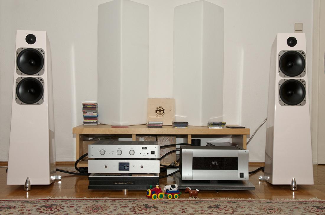 Totem Acoustic Elements Metal, VTL TL2.5 + ST150 and Accustic Arts Streamer ES