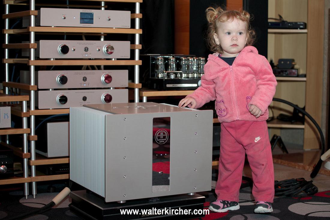 Hanzelaudio, Komarno: Accustic Arts AMP II power amplifier (55 kg)