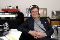 Armin Kern, German sales agent for Blumenhofer Acoustics loudspeakers,  with Stax headphones
