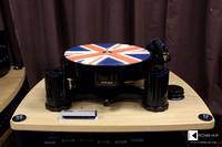 AVID HIFI Acutus turntable in black design with Union Jack