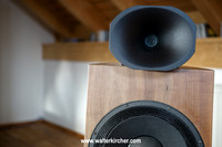 Blumenhofer Acoustics showroom: Genuin FS2 speaker