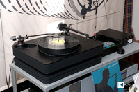 Dr. Feickert Analogue Firebird turntable with two tonearms