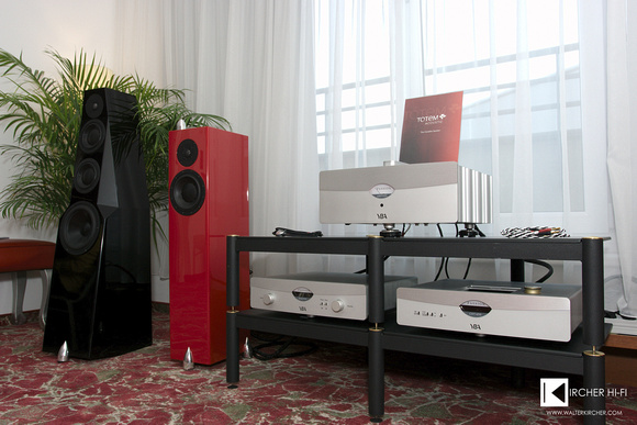 Klangbilder 2014: Totem Acoustic Wind (black) and Totem Acoustic Forest (red) speakers driven by YBA Passion electronics
