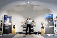 Bjorn electrifies visitors in showroom