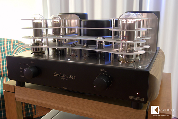 2016 Lorenzo used a quite strong Single-Ended tube amplifier