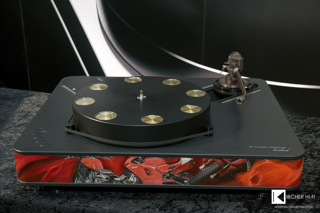 Dr. Feickert Analogue Firebird turntable