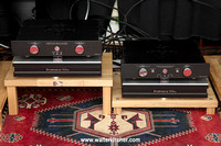 Symposium Acoustics Ultra platforms with Rollerblocks Serie 2+ and G3 superballs - Accustic Arts TUBE DAC II and TUBE PREAMP II