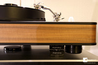 An upper class turntable needs top base for top performance